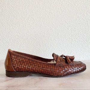 COLE HAAN || Vintage Tassel Leather Weave Loafers